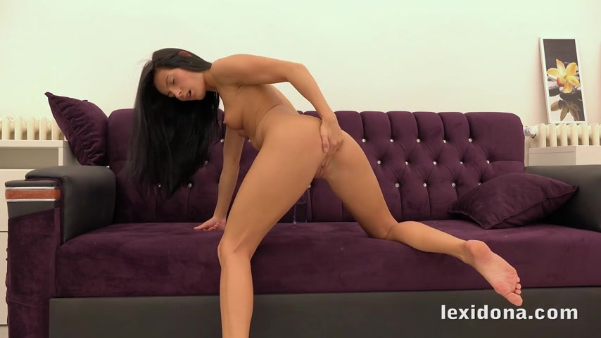 Making herself orgasm is one of Lexi Dona favorite hobbies